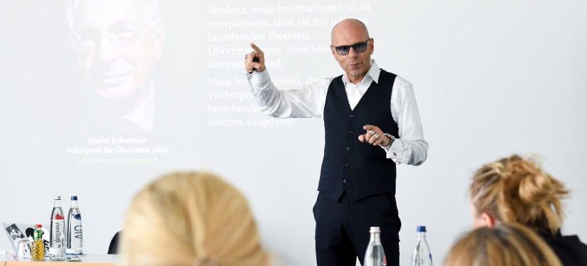 Prof. Dr. Stefan Stoll im Audiointerview über digitale Zukunft